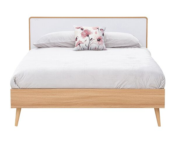Kianna Queen Bed